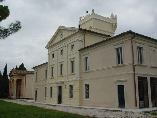 Restauro Villa Ciccolini di Macerata (MC)